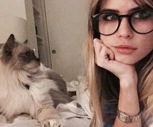 carlson young, scream, and icon image