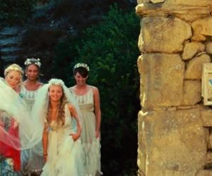 amanda seyfried, Greece, and mom image