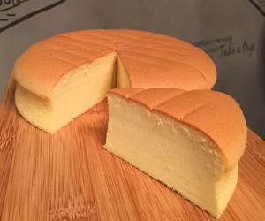 baker, cheese cake, and condensed milk image