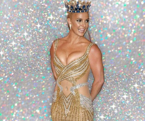 beautiful girl, britney spears, and crown image