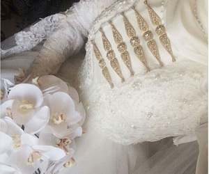 caucasus, wedding dress, and muslim bride image