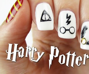 harry potter, decorated nails, and nails image