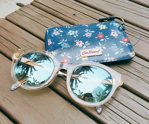 mirror sunnies image