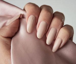 matt, nails, and paznockie image