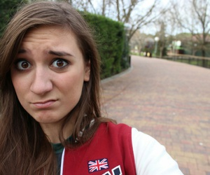 youtubestar, brizzy'svoice, and queenofvoiceimpressions image