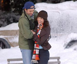 gilmore girls, luke danes, and Lauren Graham image