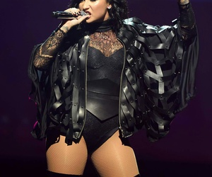 black, concert, and demi lovato image