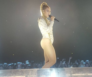 dusseldorf, germany, and queen bey image