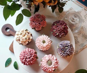 buttercream, cupcakes, and flower image