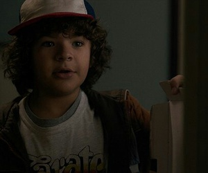gif, stranger things, and dustin image