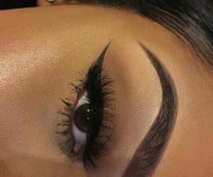 makeup and eyebrown image