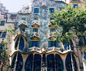 Barcelona, beautiful, and Gaudi image