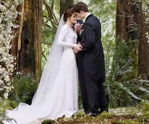 twilight, kristen stewart, and breaking dawn image