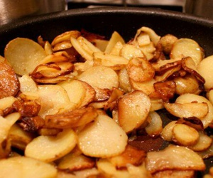 dinner, yummy, and fried potatoes image