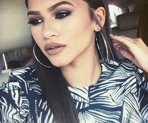 zendaya, makeup, and zendaya coleman image