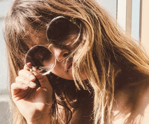 selena gomez and sunglasses image
