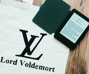 harry potter, kindle, and tote bag image