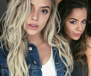 alissa violet and tessa brooks image