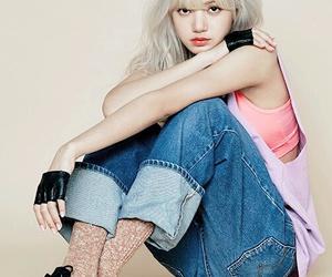 kpop, lisa, and fashion image