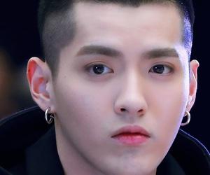 boy, exo-m, and duizhang image