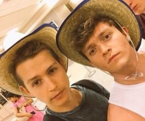 boys, guys, and the vamps image