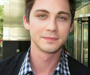 usa, loganlerman, and attore image