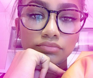 zendaya, snapchat, and beauty image