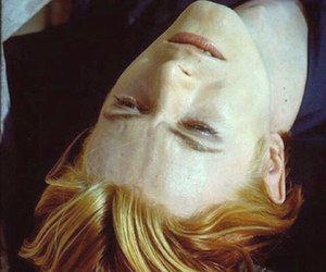 bowie, man who fell to earth, and the man who fell to earth image