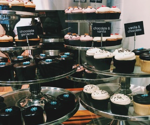food, cupcake, and bakery image