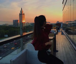 girl and city image