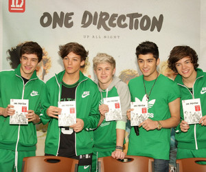 one direction and autographs image