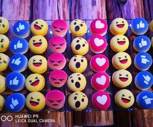 cup cake, facebook, and emoji image