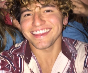 jccaylen and youtuber image