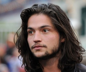 Hot and thomas mcdonell image