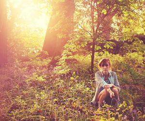 girl, sun, and forest image