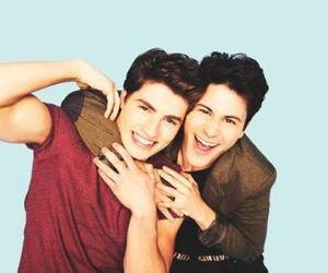 faking it, liam, and shane image