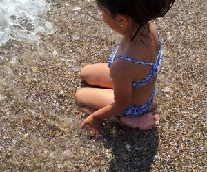 baby girl, beach, and brunette image