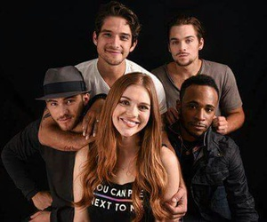 tyler posey, holland roden, and teen wolf cast image