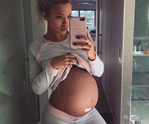 pregnancy, pregnant, and tammy hembrow image