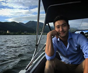 ‎siwon‬, choi siwon, and super junior image