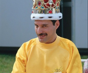 Queen, Freddie Mercury, and king image
