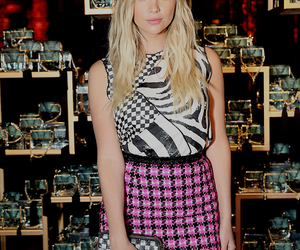 adore, pretty, and skirt image