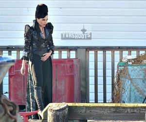 once upon a time, evil regals, and evil queen image