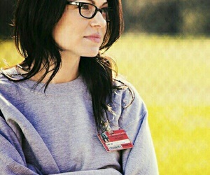 oitnb, orange is the new black, and laura prepon image