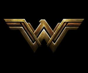 wonder woman, justice league, and wallpaper image