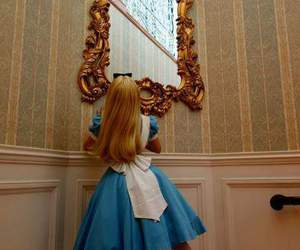 alice, mirror, and alicia image