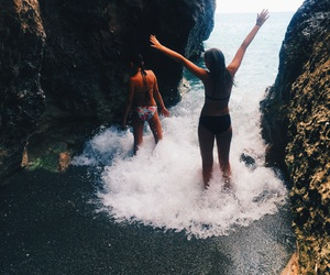 beach, sisters, and sommar image