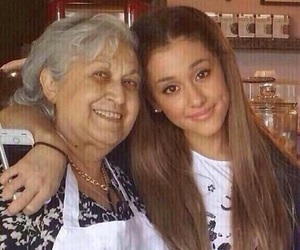 Image by Ariana Grande's Page♡.