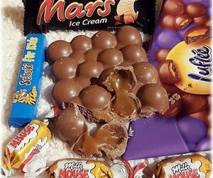 bubbly, caramel, and mars image