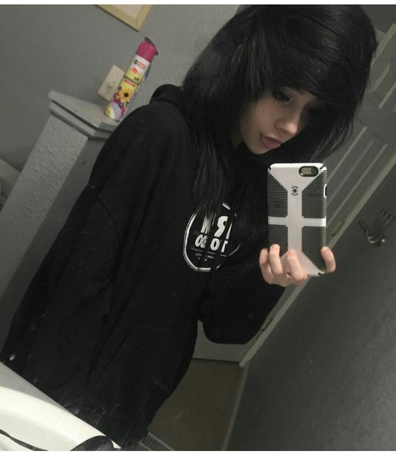 214 Images About Emo Girls On We Heart It See More About Scene Girl And Emo